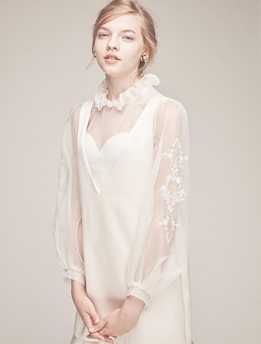 シルク刺繍ブラウス×シルクサテンドレス