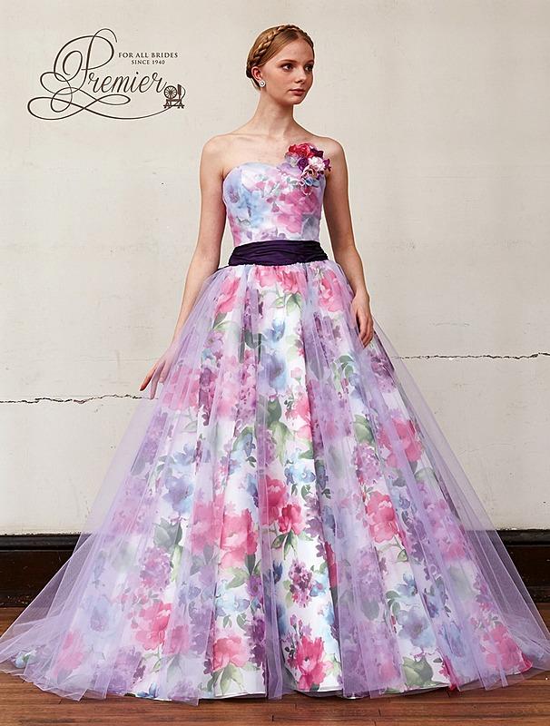 ロマンテックなプリントのドレス