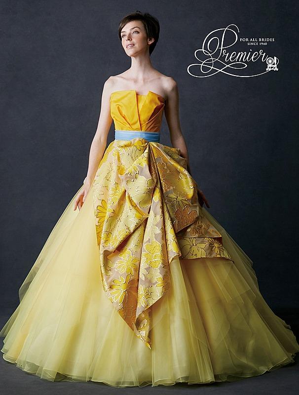 フラワープリントのカラ―ドレス