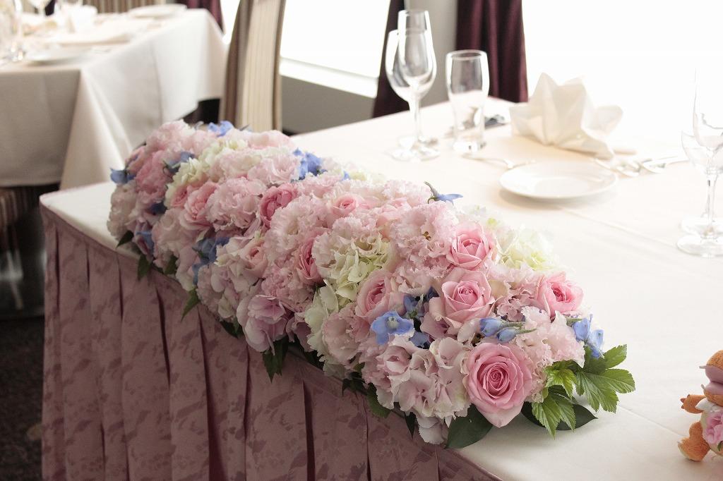 ロザリウムのメインテーブル装花