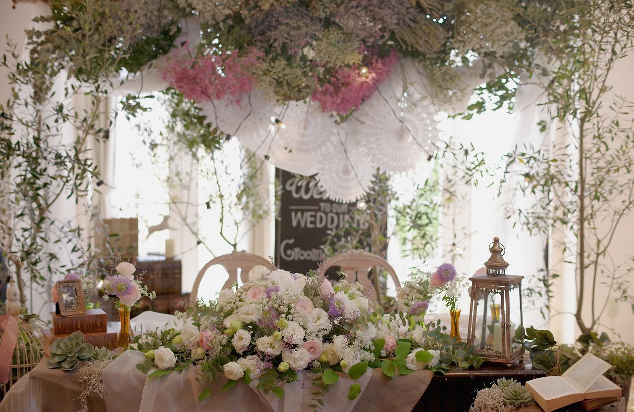 花屋福太郎のメインテーブル装花