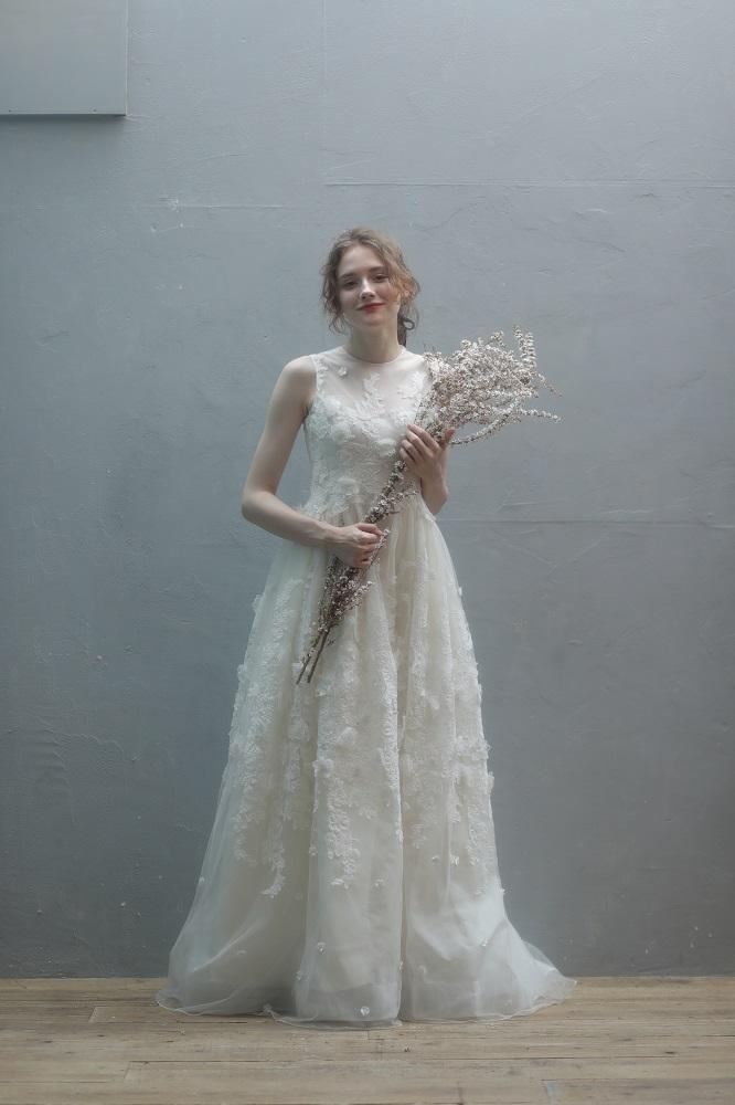 フィオレビアンカのウェディングドレス